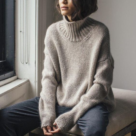 25 Trendy and Cozy Sweater Outfits for Girls; winter outfits; Fall outfits.