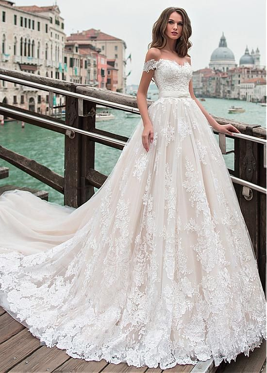 25 Romantic Off-the-shoulder Wedding Dresses for You Inspiration; white wedding dresses; pink wedding dresses; lace wedding dresses.